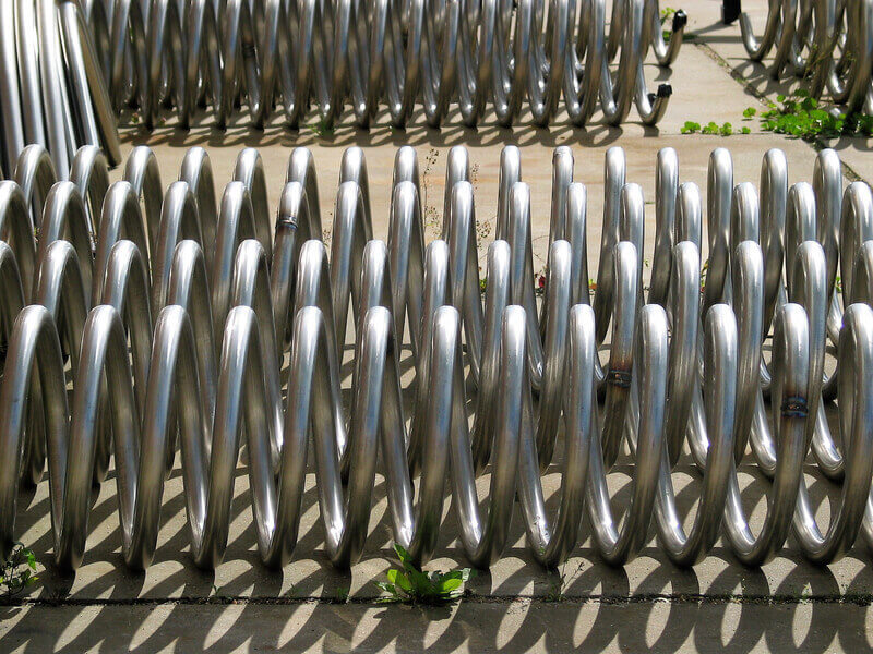 Gebogene Spiralen aus Edelstahlrohren